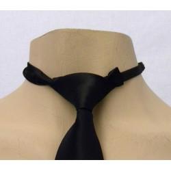 Corbata con nudo ya preparado satinada